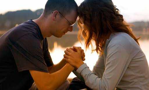 Preghi spesso con il tuo partner?